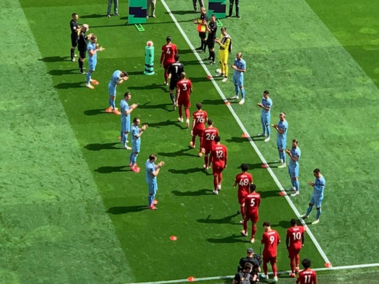 Foto Verslag; Liverpool F.C. - Burnley